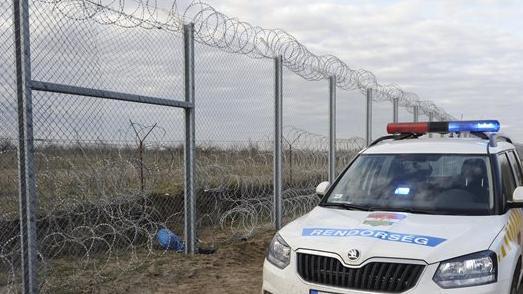 Újabb csoport illegális migráns próbálkozott