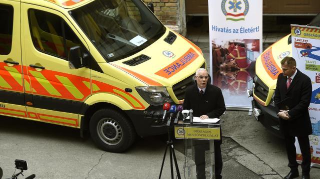 Újabb 117 mentőautót kap az Országos Mentőszolgálat