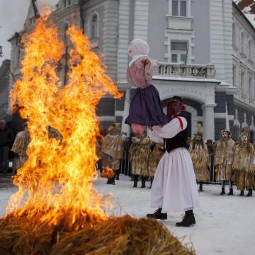 Maskarás felvonulással és futóversennyel tartanak télűzést Kaposváron