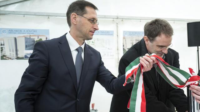 Varga Mihály: tavaly egy havi keresettel több maradt az embereknél