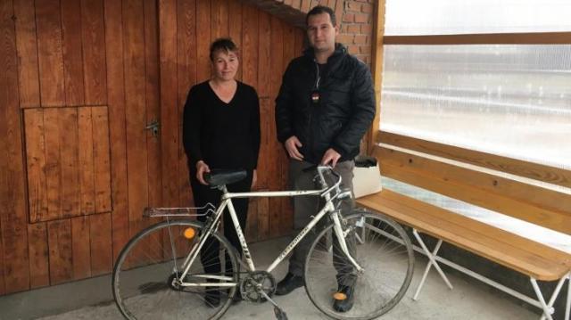Visszaadták az ellopott biciklit