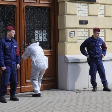 Zárt osztályra küldte a Szegedi Törvényszék a bírósági lövöldözőt