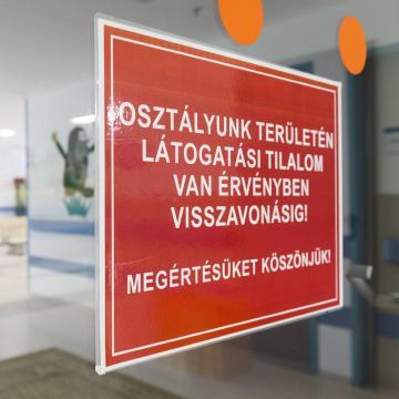 Látogatási tilalom van a kaposvári kórházban