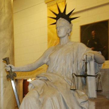 Adóvisszaélések miatt emeltek vádat hét cégvezető ellen Heves megyében