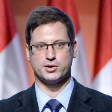 Gulyás Gergely: a kormány a jövőben is támogatni fogja Pécset