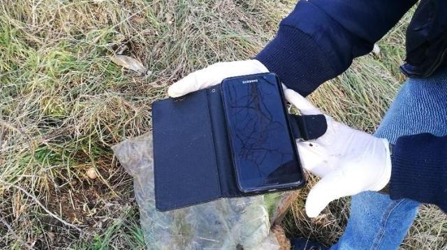 Talált egy mobilt tízezer forinttal – lopásért felelhet