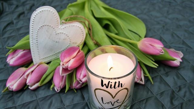 Virágboltokat és ajándéküzleteket vizsgál a NAV a Valentin nap miatt ezen a héten