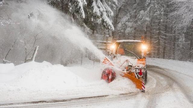 Havazás, jég, csúszós utak - Már a tűzoltók is készenlétben térségünkben