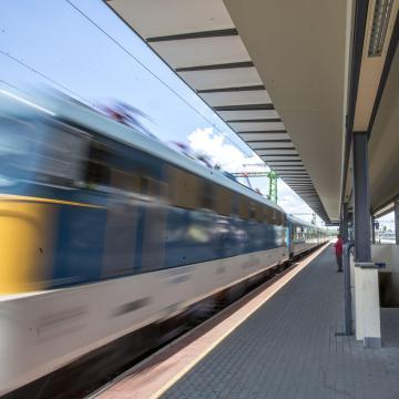 Pályafelújítás miatt módosul a vonatok menetrendje vonalunkon