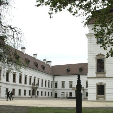Picasso műveiből nyílik kiállítás az Esterházy-kastélyban