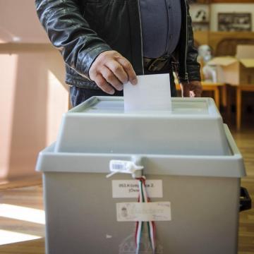 Polgármestert és képviselőket választanak Rózsafán
