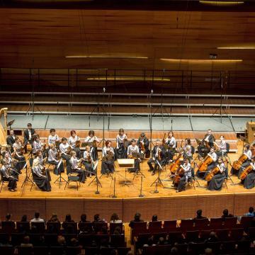 Bach zongoraversenyét tűzi műsorra márciusban a Pannon Filharmonikusok zenekar