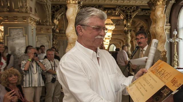 Életműdíját kap Tiffán Ede villányi borász