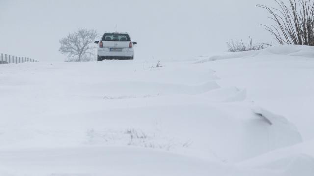 Kékestetőn rekordhideg volt, hófúvás veszélye térségünkben