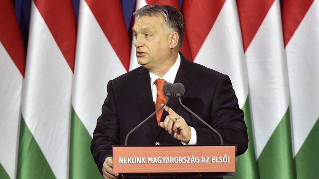 Orbán Viktor: Óvjuk meg Magyarországot attól, hogy bevándorlóországgá váljon