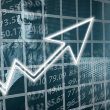 Új történelmi csúcson a lakossági és üzleti bizalom