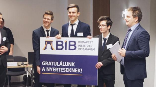 Debreceni diákok nyerték a középiskolások pénzügyi-értékpapírpiaci versenyét