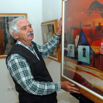 Hézső Ferenc festőművész alkotásaiból nyílik kiállítás az Alföldi Galériában