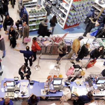 Húsvéti rekordokra számítanak a hazai áruházláncok