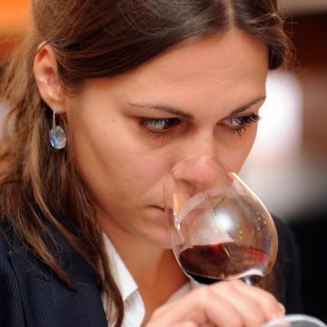 Nőnapi borkóstoló női borászokkal