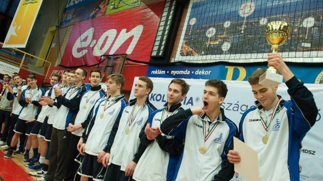Pécsen döntőztek a kosaras diákok