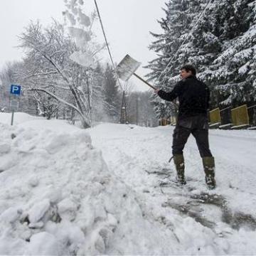 Újabb nagy adag hó hullhat térségünkben