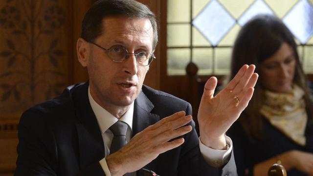 Varga: idén sem kell söralátét, elkészültek az adóbevallási tervezetek