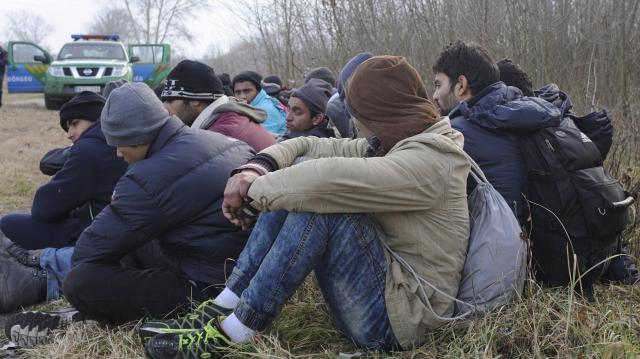 32 határsértőt tartóztattak föl a hétvégén