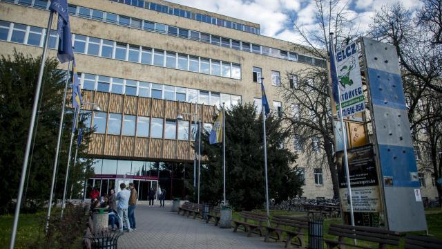 A világ ötszáz legjobb intézménye közé került a Pécsi Tudományegyetem