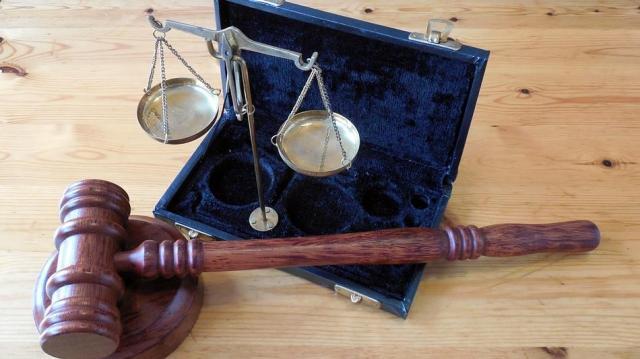 Elítélték pécsi férfi prostituáltat, aki ki akarta rabolni ügyfelét