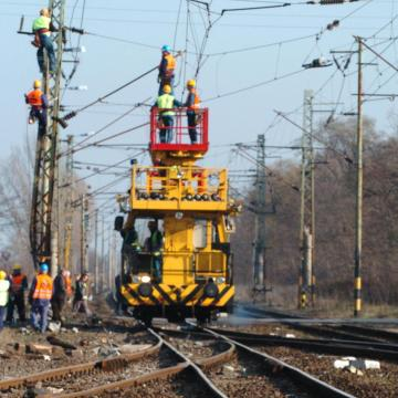 Fokozatosan áll helyre a vonatok menetrendszerű közlekedése a záhonyi vonalon