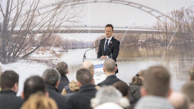 Átadták a Győrt keletről elkerülő út harmadik szakaszát