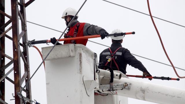 Hóvihar - Helyreállt az áramszolgáltatás Békés megyében