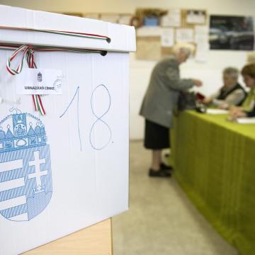 Elkezdődött a választás - Itt szavazhatunk a jelöltekre a barcsi választókerületünkben!
