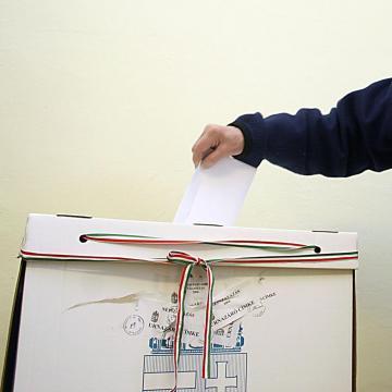 Elkezdődött a választás - Itt szavazhatunk a jelöltekre a hajdúböszörményi választókerületben
