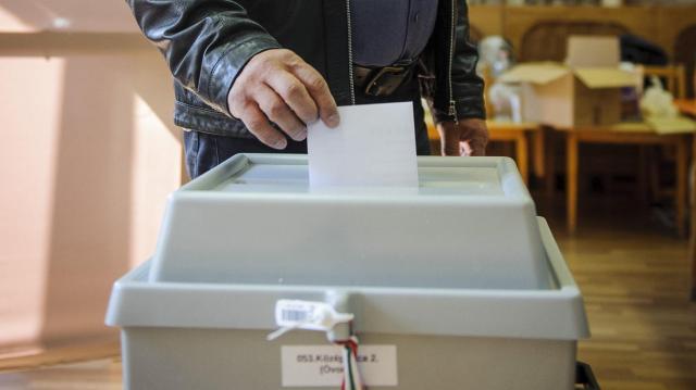 Elkezdődött a választás - Itt szavazhatunk a jelöltekre a hódmezővásárhelyi választókerületben!