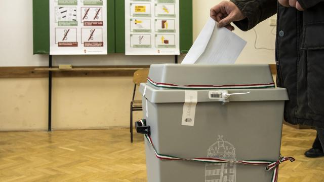 Elkezdődött a választás - Itt szavazhatunk a jelöltekre a kaposvári választókerületünkben!