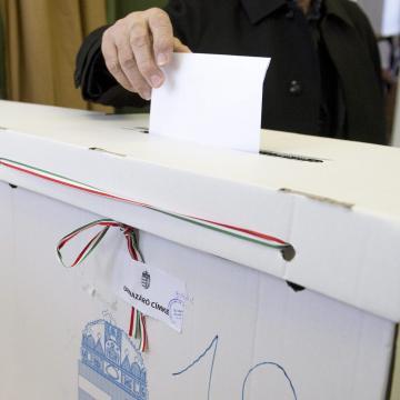 Elkezdődött a választás - Itt szavazhatunk a jelöltekre a miskolci választókerületekben!