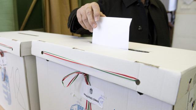 Elkezdődött a választás - Itt szavazhatunk a jelöltekre a pécsi választókerületekben!