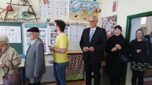Érden és környékén Aradszki folytathatja