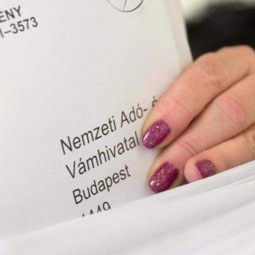 Hétfőn indul az újabb utólagos adótraffipax