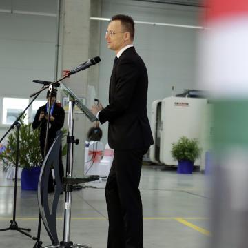 Szijjártó: a Soros-birodalom növeli a nyomást a magyar emberekkel szemben