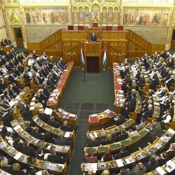 Új kormány lesz új struktúrával és tagokkal