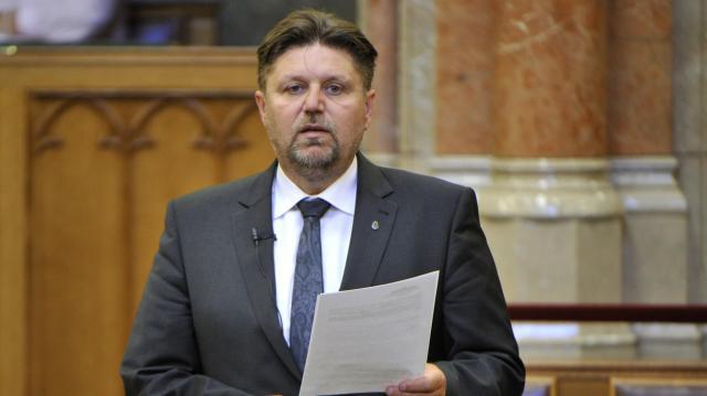 Újra Gelencsér Attila Kaposvár térségének az országgyűlési képviselője