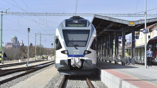Már villamos motorvonatok járnak az esztergomi vonalon
