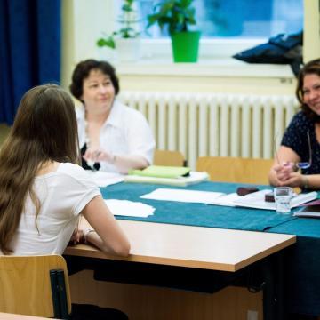 Eddig tízmillió a zsebekben - 35 év alatti fiatalok visszakaphatják a nyelvvizsgadíjat