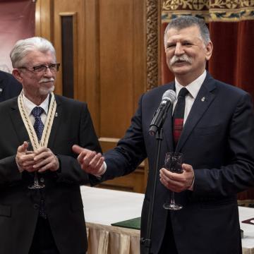 Magyar Bor Akadémia Életműdíjat kapott a villányi borász