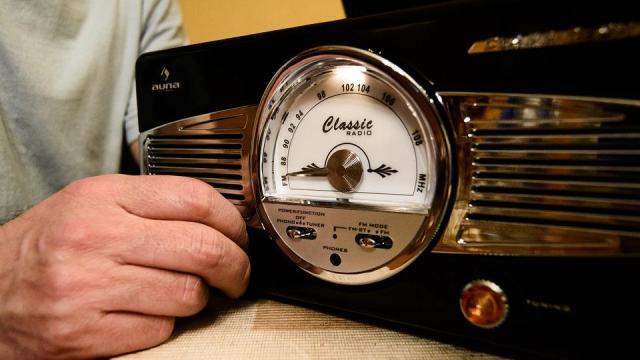 Hat és fél millióan rádiózunk naponta, a Petőfi a leghallgatottabb adó