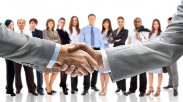 Közel 20 százalékkal csökkent az álláskeresők száma