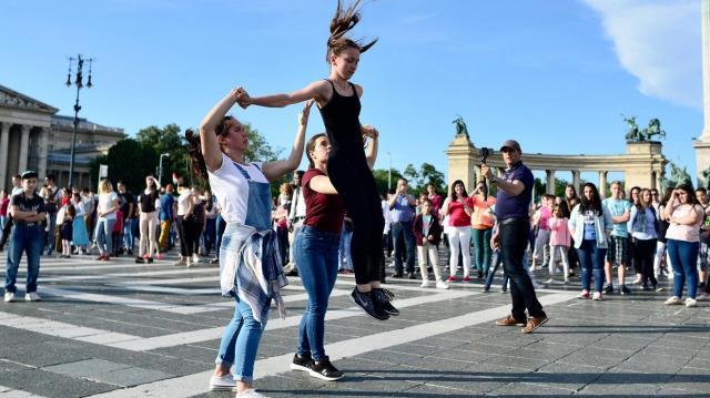 Nézőpont: a magyarok több mint fele bízik az ország helyzetének javulásában